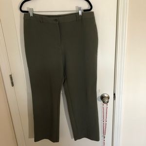 Sharagano Pants & Jumpsuits - Sharangano olive green career pants.